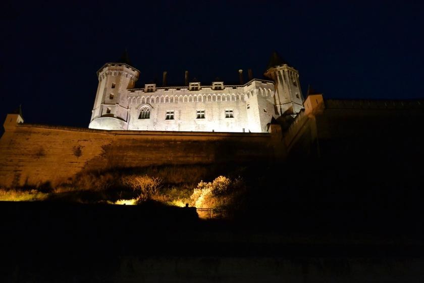 nedanfor slottet